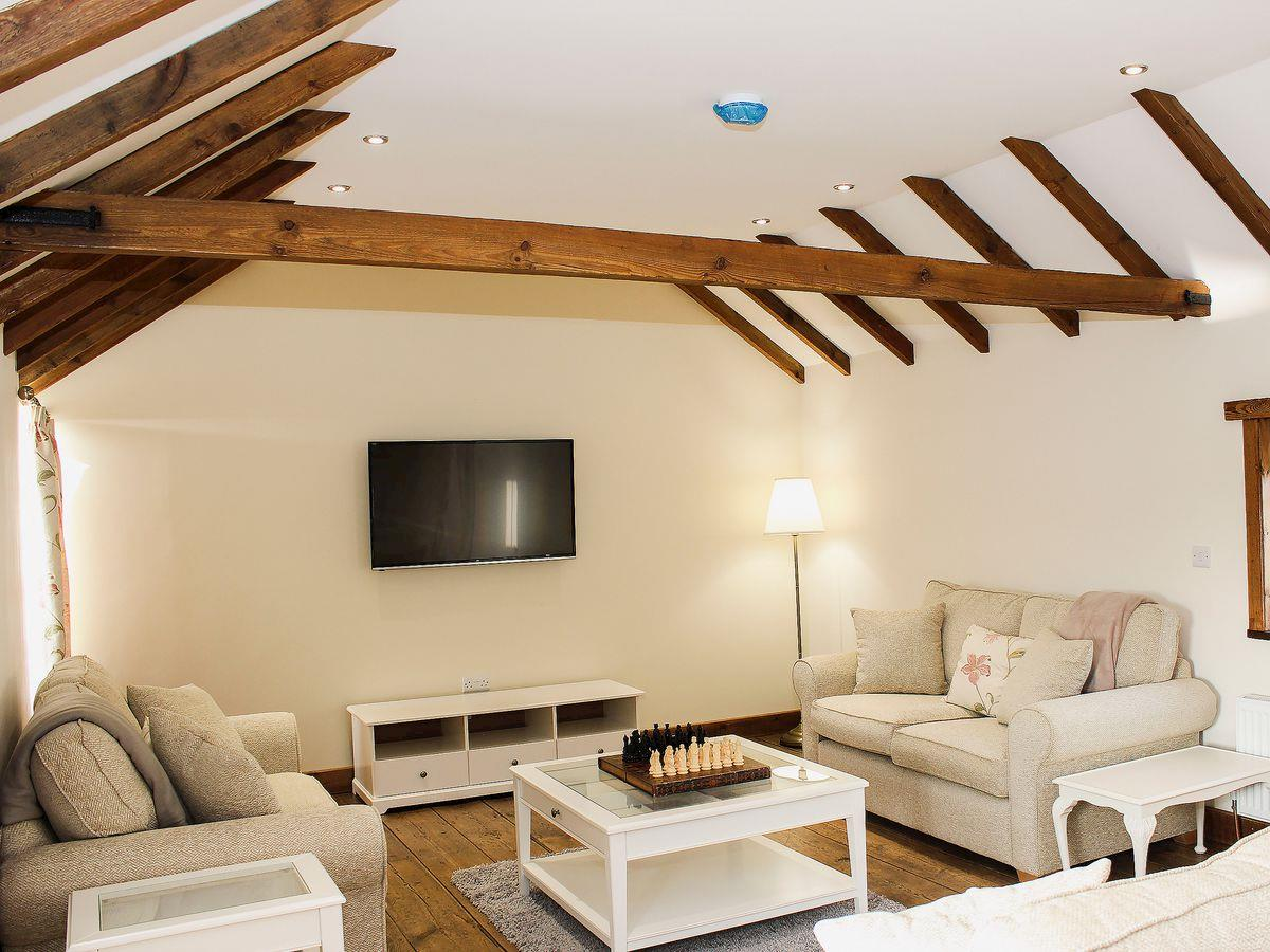 The Cart Shed Tickton Luxury self catering in a rural setting
